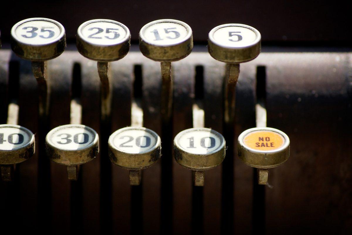 Jakikolwiek właściciel butiku ma obowiązek posiadania kasy fiskalnej konieczna jest w przypadku prowadzenia aktywności gospodarczej.