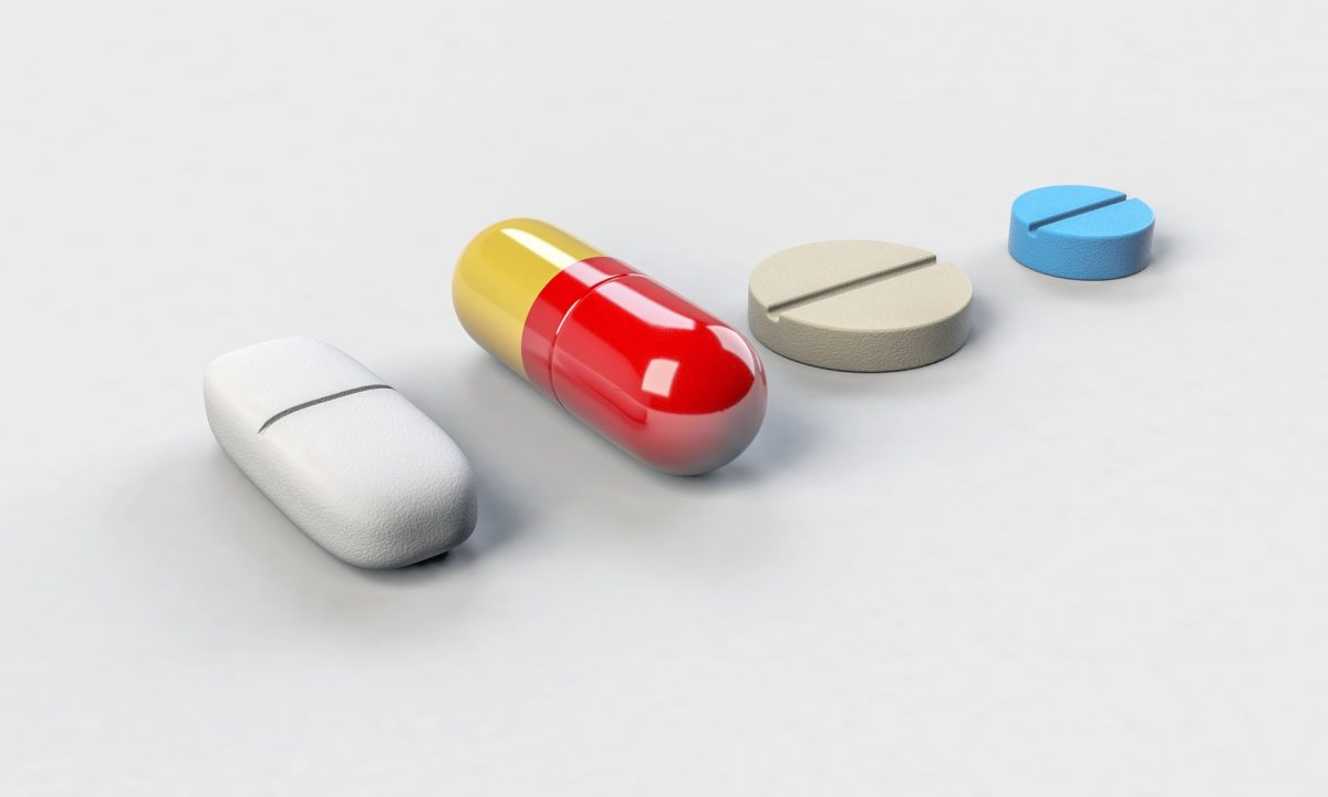 Gdy jesteśmy w podeszłym wieku najprawdopodobniej potrzebujemy codziennie przyjmować leki.